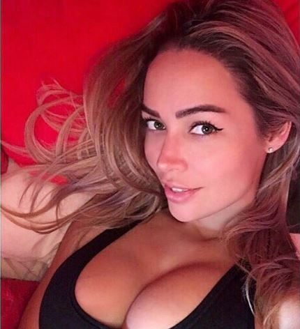 Kivel gyűrhette össze a lepedőt a szexi magyar modell?