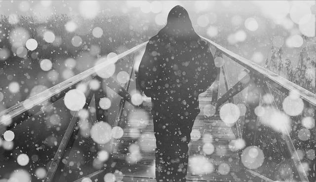 Szombattól beköszönt a hidegfront, elő a téli holmival