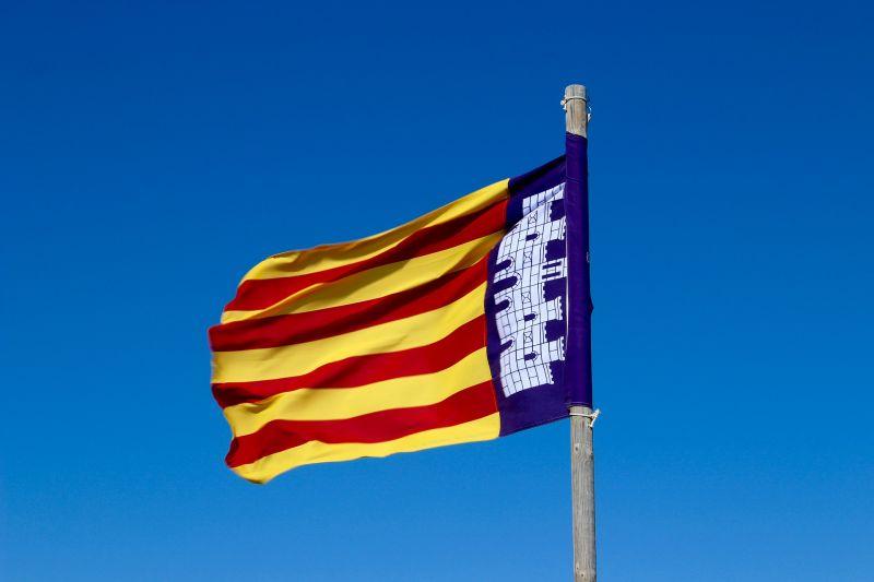 450 ezer ember vonult utcára Barcelonában Katalónia miatt