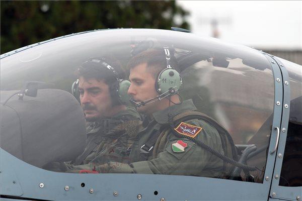 20 év után újraindul a hazai felsőfokú pilótaképzés
