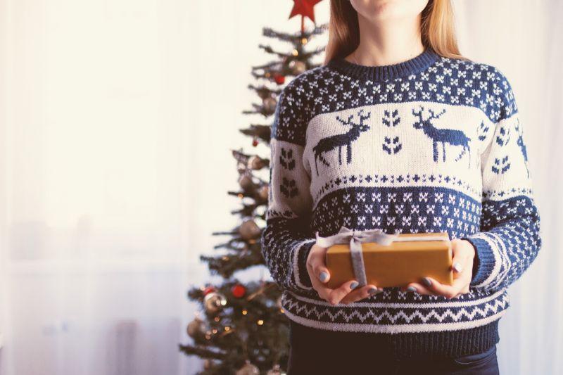 Idén átlagosan 35 ezer forintot költünk karácsonyi ajándékokra
