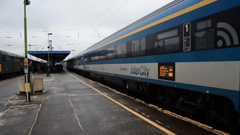 Új Intercity vonatokat vásárolt a MÁV, gyorsabb lehet a belföldi vonatközlekedés