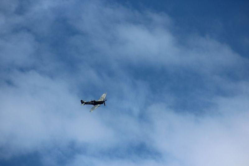 Csak egy hároméves kislány maradt életben, amikor lezuhant egy repülőgép