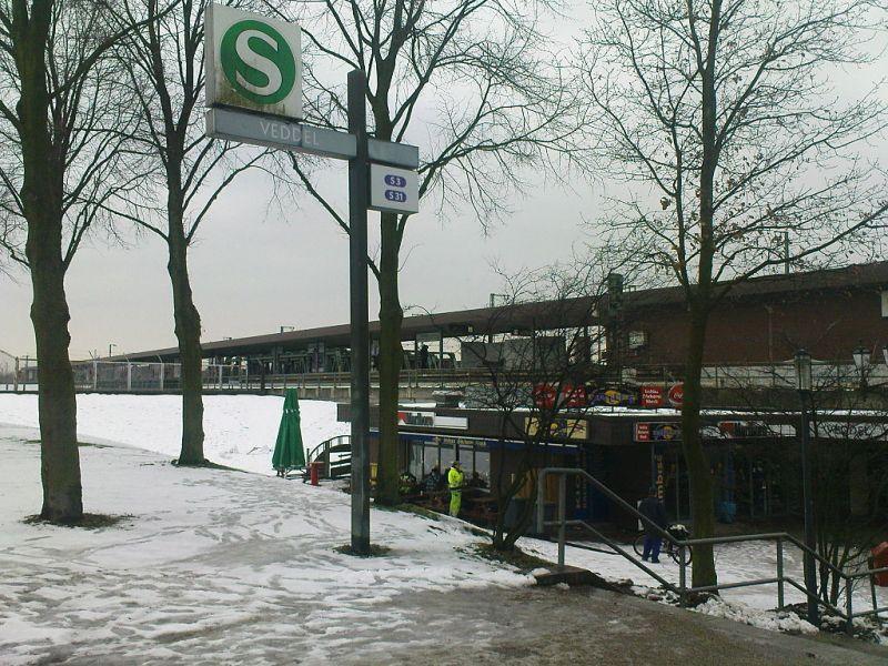 Robbantottak egy hamburgi vasútállomáson, sebesültek nincsenek