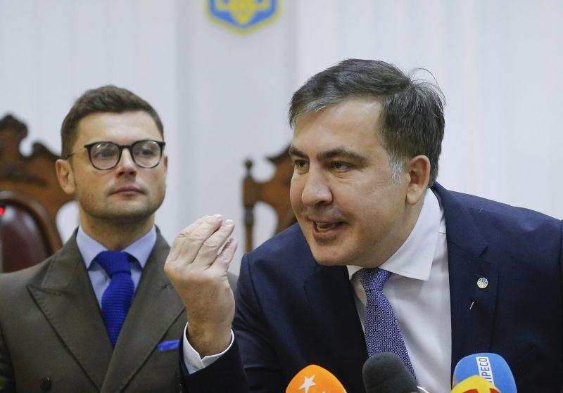 Három év börtönbüntetésre ítélték az Ukrajnában tartózkodó volt grúz elnököt Tbilisziben