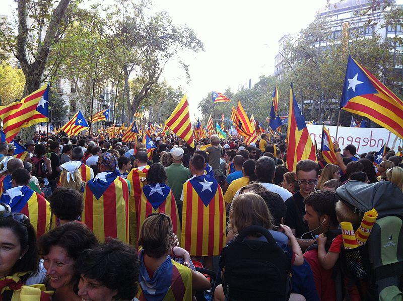 Katalán választás: a függetlenségi pártok kerülhetnek túlsúlyba