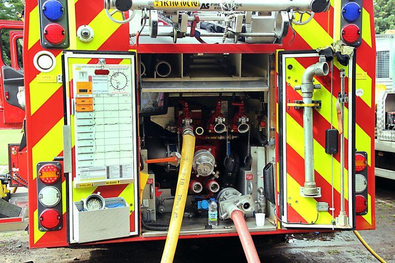 Tizenhárom embert kellett evakuálni a társasházi tűz miatt Újpesten