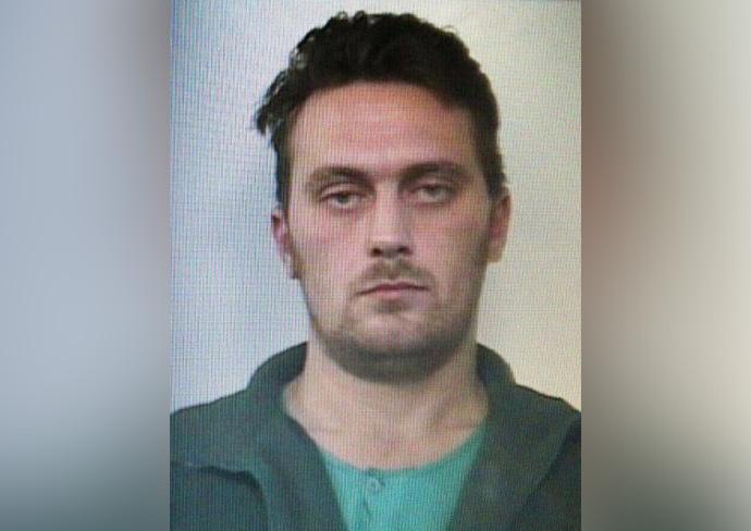 """Elfogták az """"Igor, az orosz"""" néven ismert szerb rendőrgyilkost, miután autójával balesetezett"""