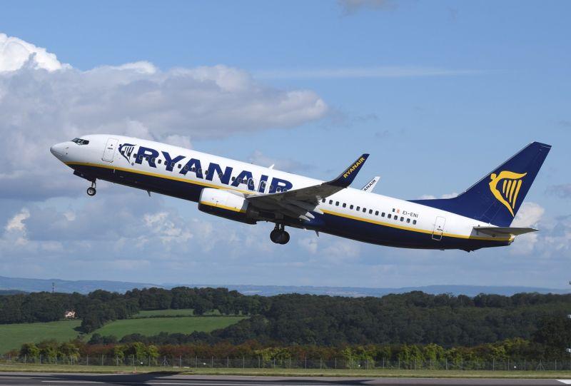 Karácsony előtt lebénulhat a Ryanair