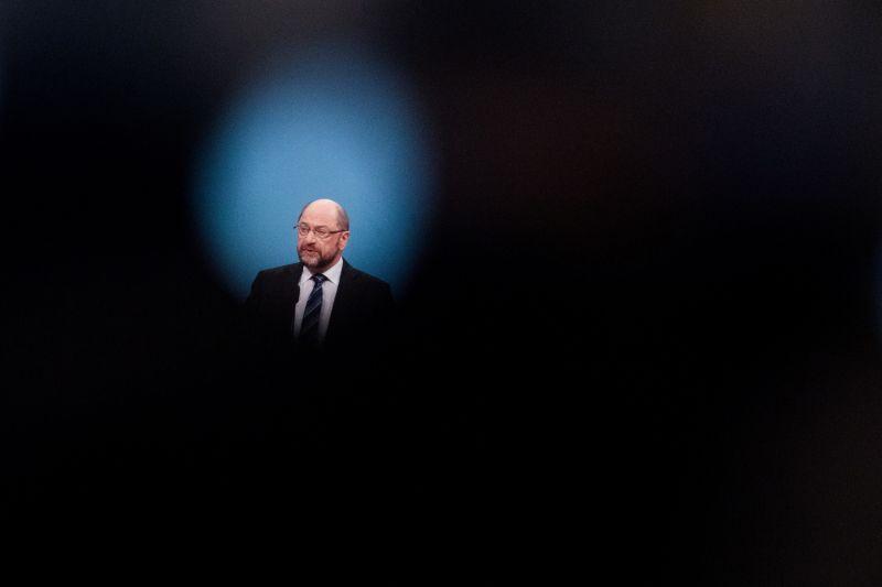 Schulz szerint a nagykoalíció feltétele: nincs migrációs felső határ Németországban