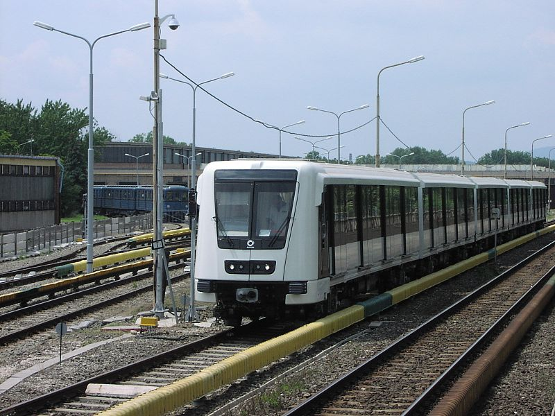 Nehezen indult a hétfő reggel a kettes metrónak is