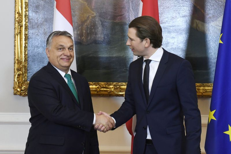 Keményen beszólt Orbánnak az osztrák jobboldali sajtó bécsi látogatása után
