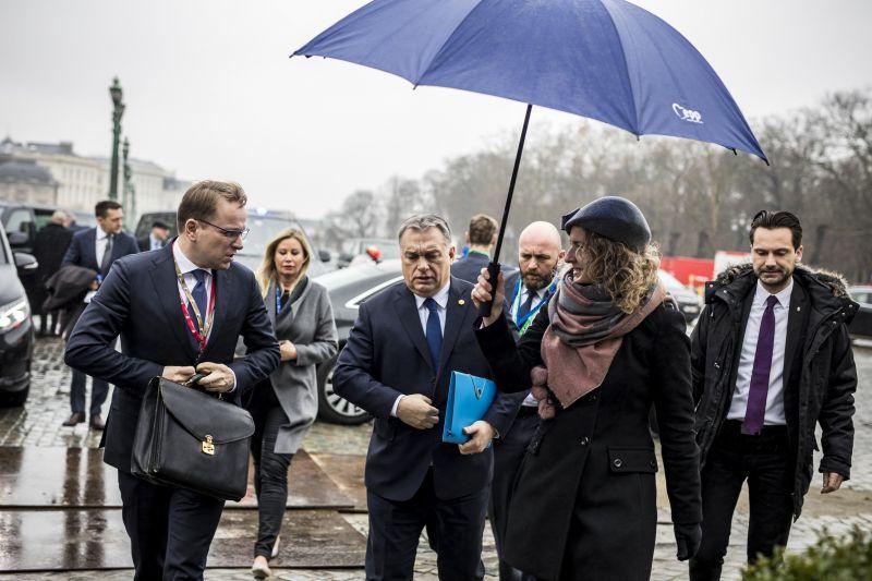 """Orbán szerint Európa megtelt, ezért """"meg kell védeni a határait"""""""