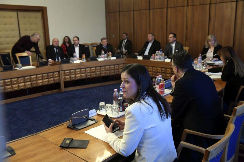 Jövő csütörtökre ismét összehívták a nemzetbiztonsági bizottságot