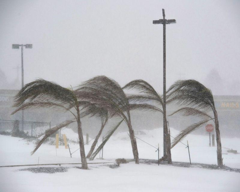 Szükségállapotot rendeltek el New Yorkban, ismét támad a jeges szélvihar