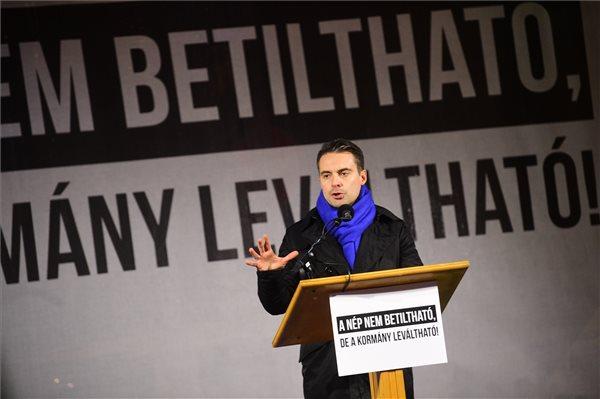 A Jobbik szerint ők az egyetlen potens kormányváltó erő