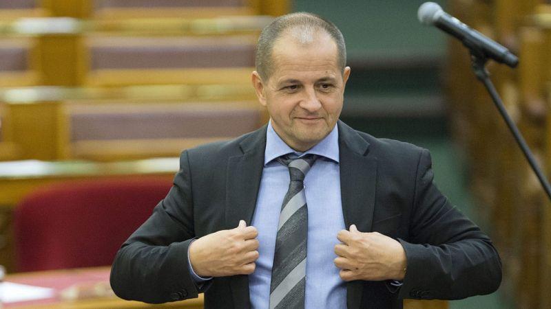 A Fidesz szerint valószínűleg törvénytelen volt a Czeglédynek adott Altus Portfólió-kölcsön