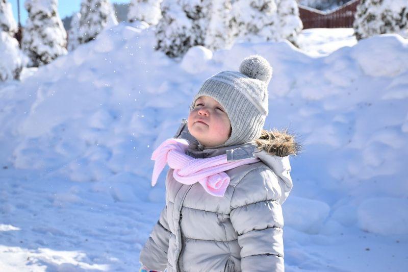 Több centi friss hó hullhat még – öt megyére adtak ki figyelmeztetést