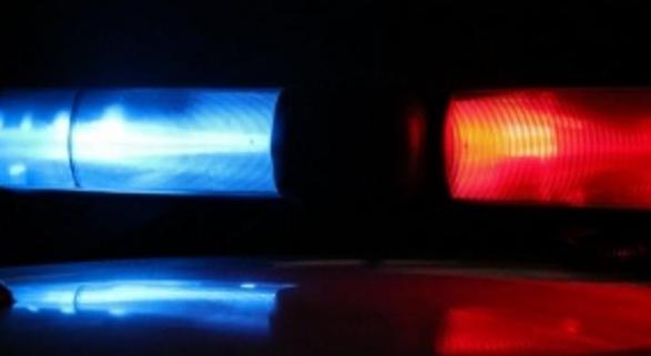 Szirénázó mentővel ütközött egy autó Abony külterületén