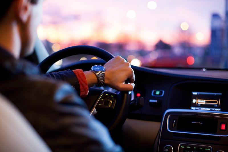 Kiderült: ezt az autómárkát vezetik a legbunkóbb sofőrök