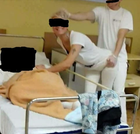 Bocsánatot kértek a botrányosan viselkedő pécsi ápolók