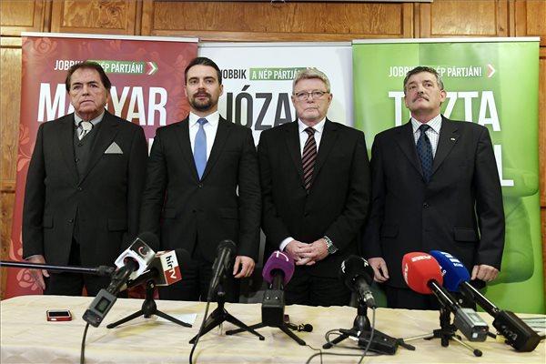 Vona: siker a néppártosodás, a Jobbik egyedül készül kormányt váltani