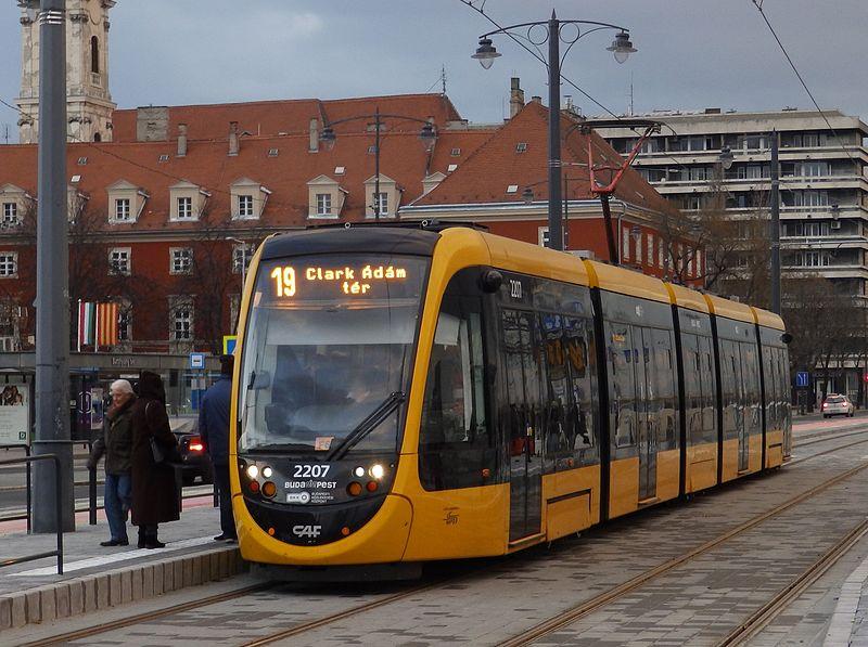 Két HÉV és két villamosvonalon is módosul a közlekedés a hétvégén