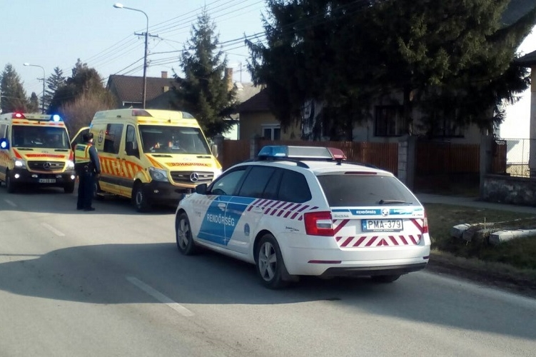 Járőröző rendőrök mentették meg egy férfi életét Süttőn
