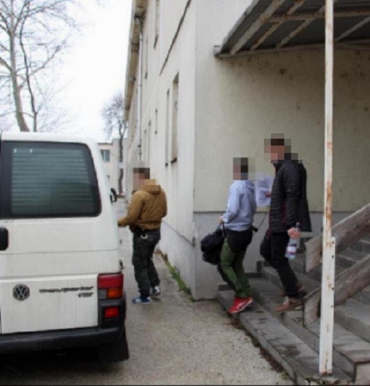 Elkapták azt a férfit, aki az elmúlt 2 hónapban családi házakba tört be