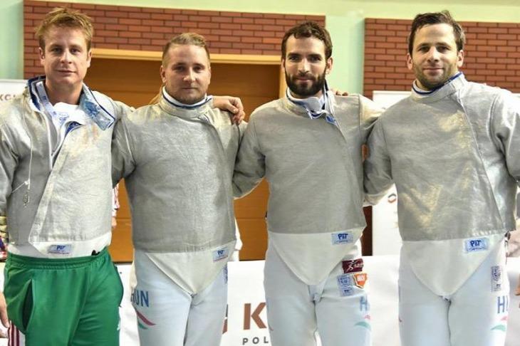 Bronzérmes lett a magyar csapat vasárnap a férfi kardozók varsói világkupaversenyén