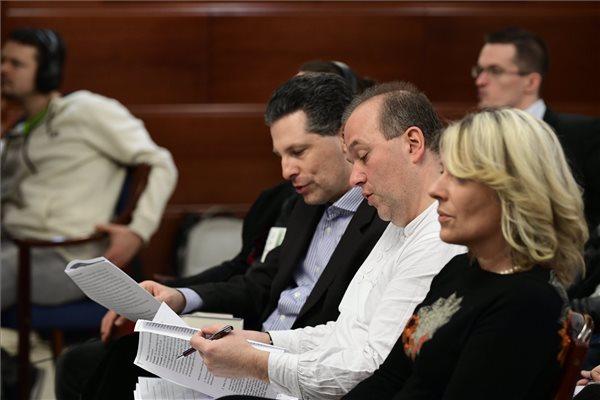 Az eljárás felfüggesztését indítványozták Budaházyék a másodfokú tárgyaláson