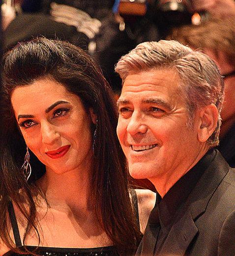 George Clooney és felesége félmillió dollárt ad a fegyvervásárlás szigorításért küzdő diákoknak