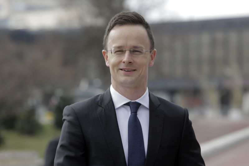 Szijjártó szerint Luxemburg külügyminisztere gyűlöli Magyarországot