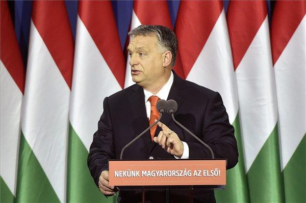 Orbán Egerben kezdte kampánykörútját – a választás az ország megvédését jelenti szerinte