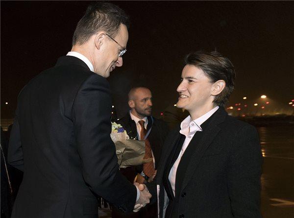 Megkezdődött a magyar-szerb kétnapos kormányülés