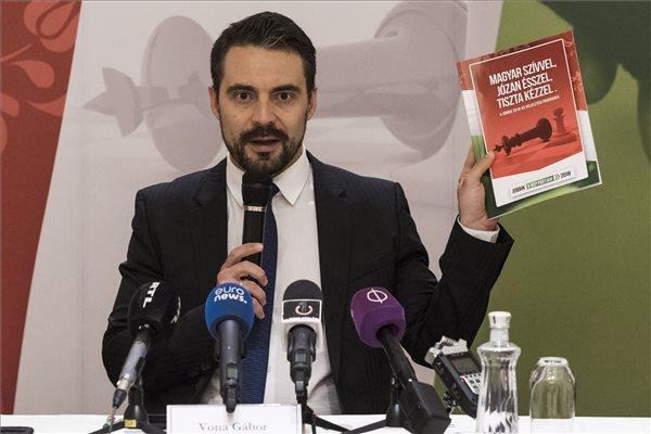 Vona: a Jobbik az egyetlen ellenzéki erő, amely alkalmas a kományváltásra