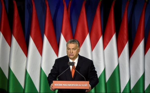 Ezt az üzenetet küldte ma Orbán Viktor Angela Merkelnek