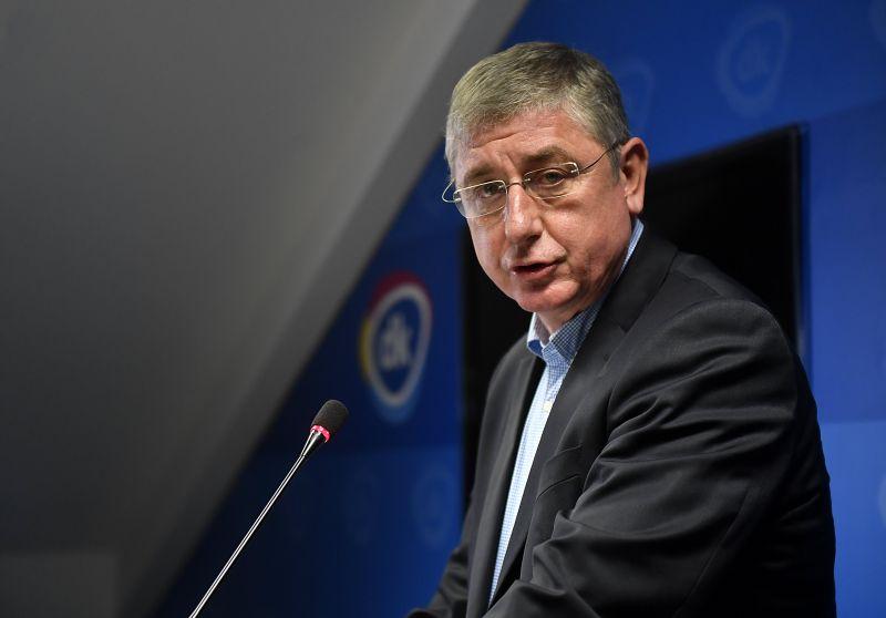 """Kiszelly Zoltán politológus szerint """"Gyurcsány csapdát állított az LMP-nek és a Jobbiknak"""""""