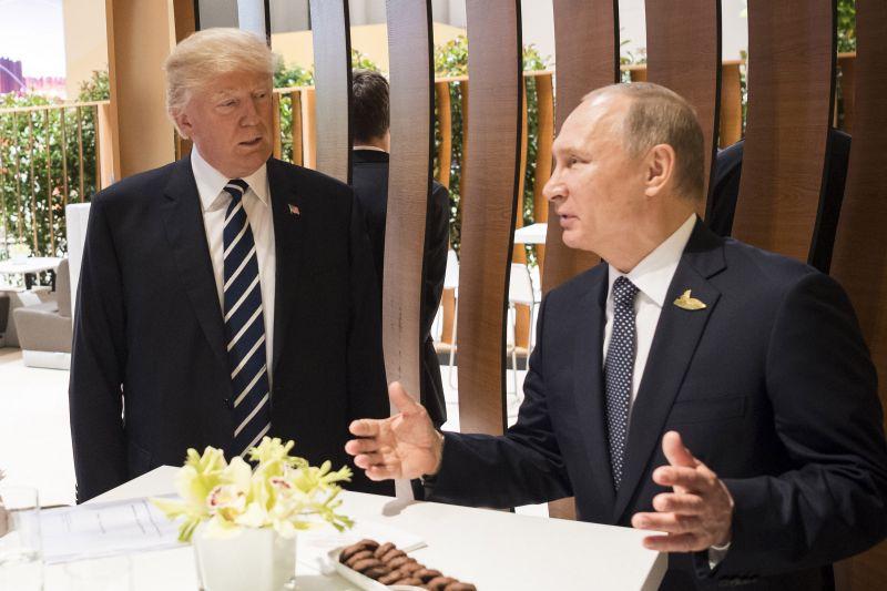 Jön a Trump-Putyin csúcstalálkozó? A két elnök már telefonon tárgyalt erről