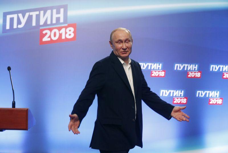 Putyin újraválasztása az amerikai elszigetelési kísérletek ellen hathat