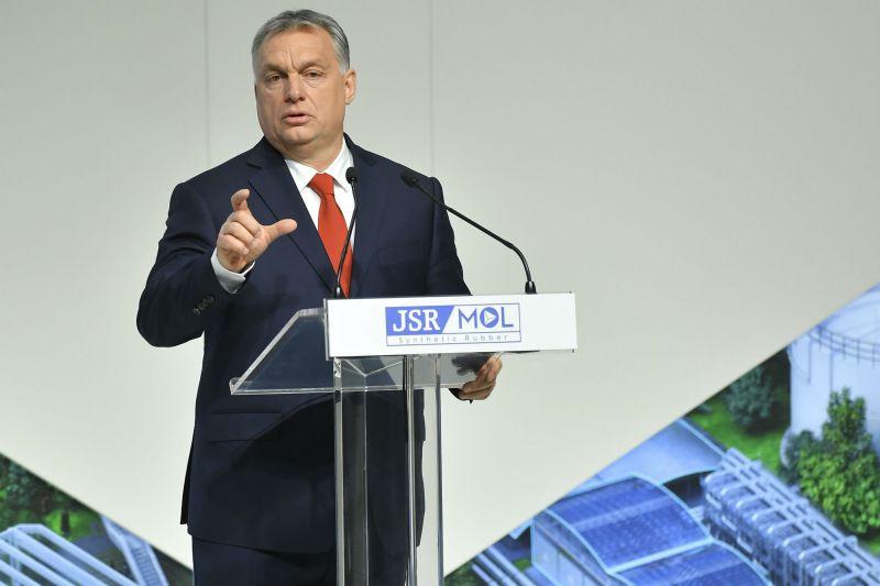 Orbán Viktor: egyre többen érkeznek Európába más civilizációkból