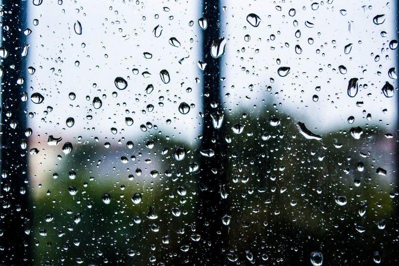 Az időjárás ma így teszi tönkre a hosszú hétvégét