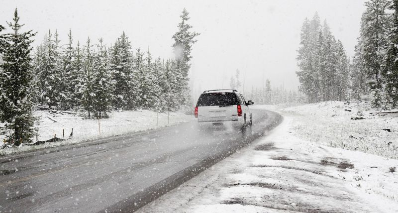 Enyhül a márciusi tél szorítása, délelőtt még számíthatunk hófúvásokra
