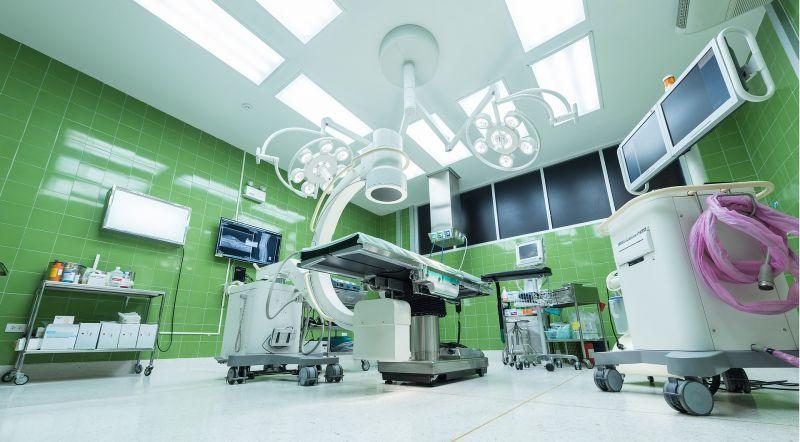 Kórházi horror: felébredt, miközben műtötték