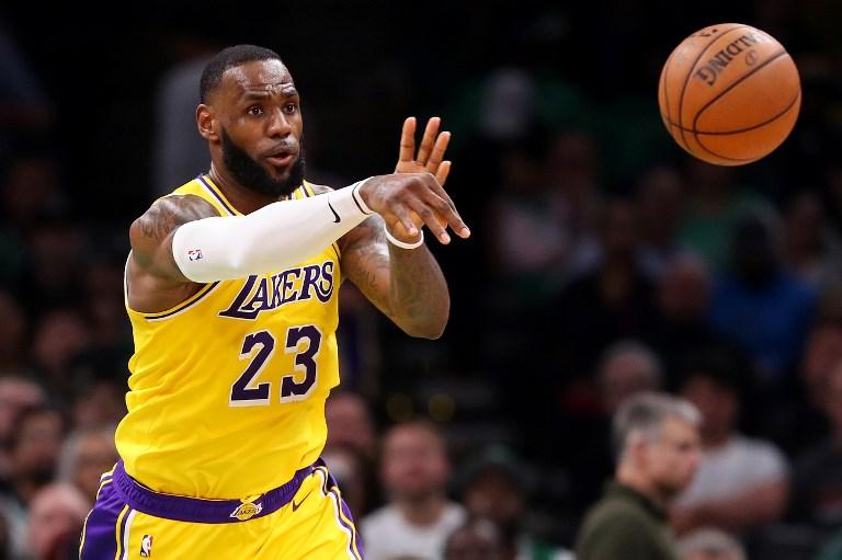 Lemarad a rájátszásról a Lakers