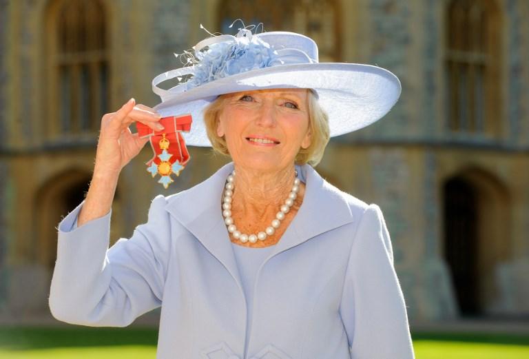 Kamu droggal fülelték le Anglia kedvenc nagymamáját