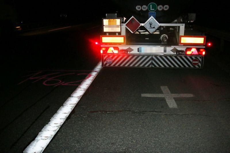 Itt vannak az első fotók a M7-esen éjjel történt halálos gázolásról