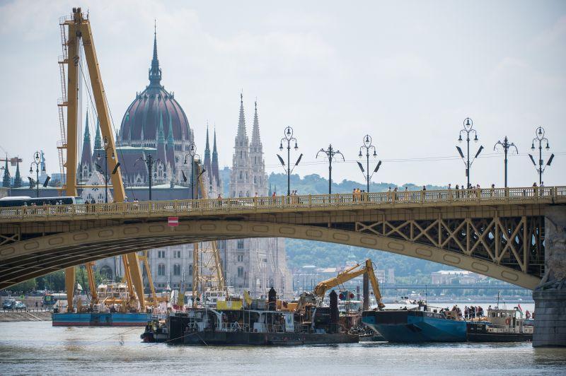 Dunai hajóbaleset: rendkívüli bejelentést tett Fischer Iván – videó