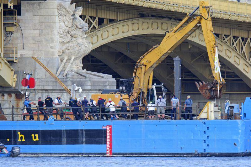 Dunai hajóbaleset: Drónhasználat miatt intézkedtek a rendőrök