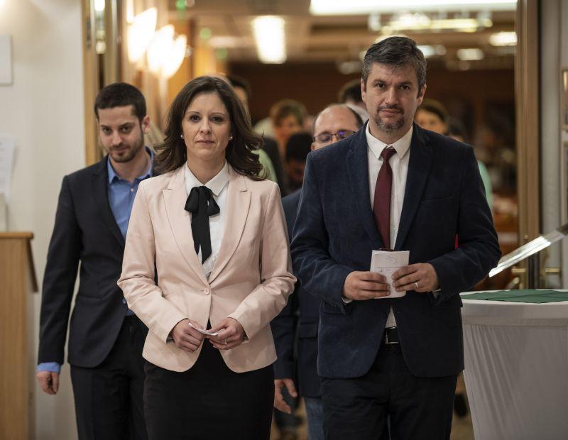Lemondott az LMP-elnökség újabb két tagja